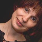 Юлия Алкснитис
