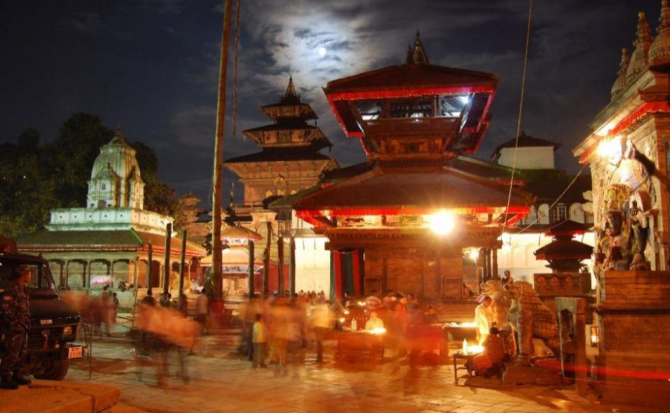 Дорогие друзья, поздравляем с Международным Днем Туризма!Непал снова открыт для туристов! Добро пожаловать!Правительством Непала 24.09 было принято решение о снятии ограничений на посещение страны и возобновлении выдачи туристических виз по прибытию в Катманду туристам, имеющим сертификат вакцинации от ковида.Дополнительная информация по запросу. Контакты на нашем сайте www.nepalkashtan.com.np